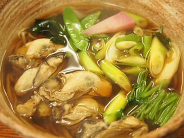 牡蠣そば(温・冷)写真
